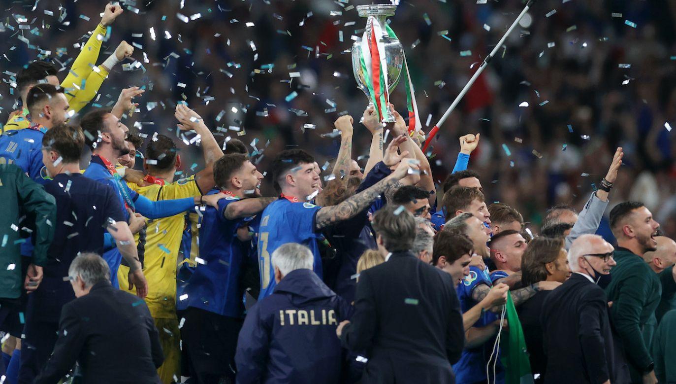 Włosi mająpowody doświętowania (fot. Getty Images)