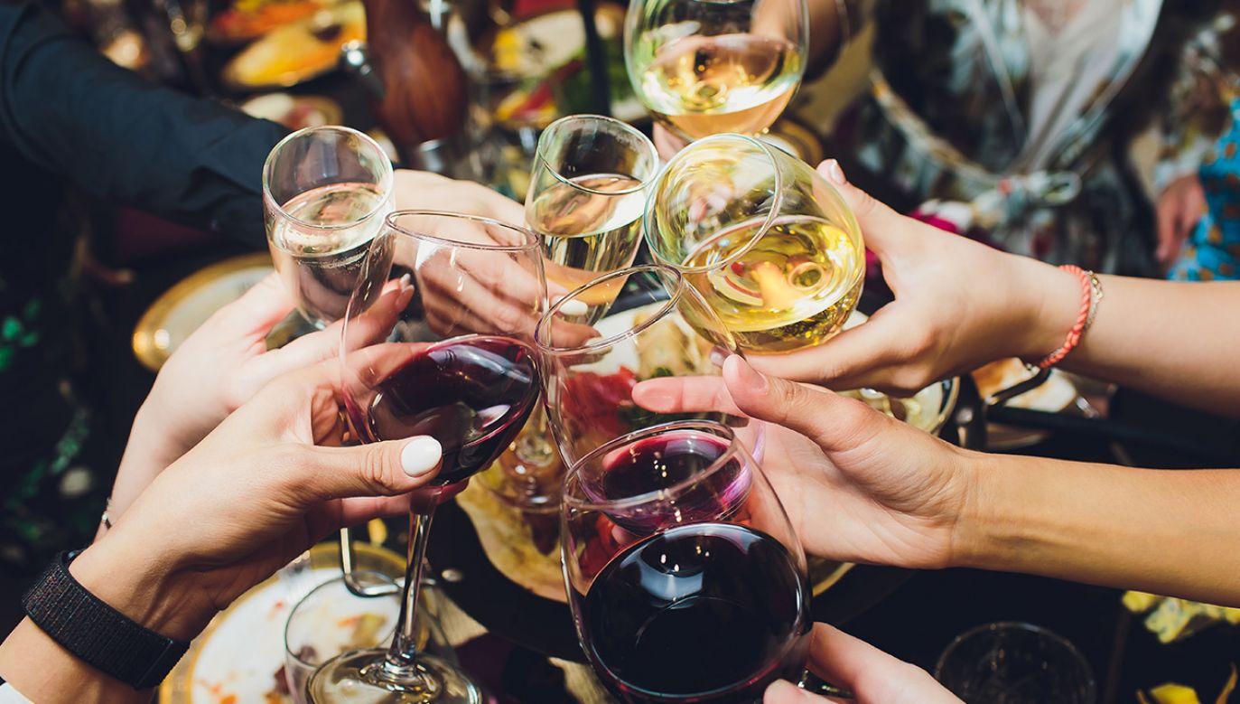 Picie alkoholu, a ryzyko nowotworu (fot. Shutterstock)