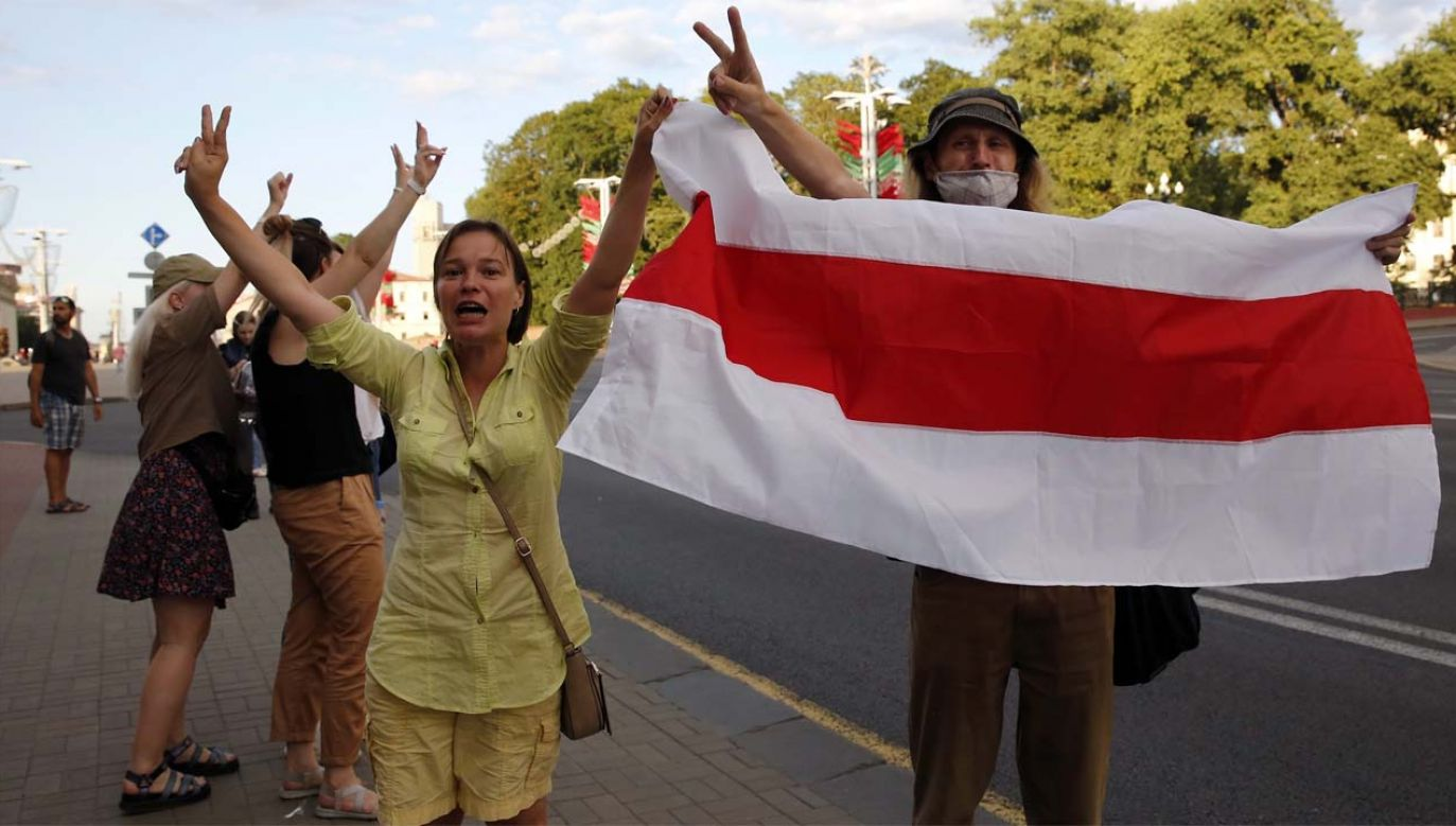 Wielu Białorusinów nie chce już rządów Alaksandra Łukaszenki (fot. PAP/EPA/TATYANA ZENKOVICH)