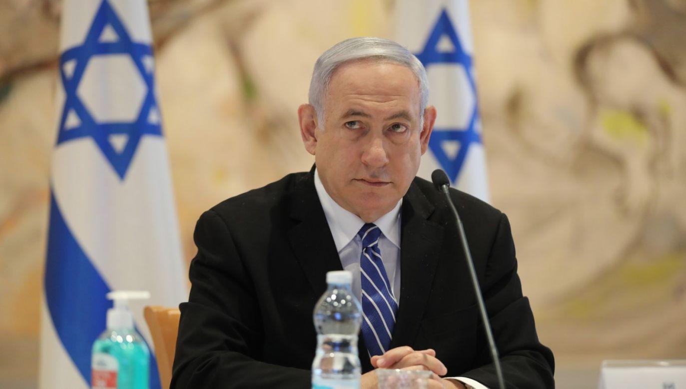 Izraelski premier mówi o polowaniu na czarownice, wspieranym przez lewicowe media (fot. PAP/EPA/ABIR SULTAN / POOL)
