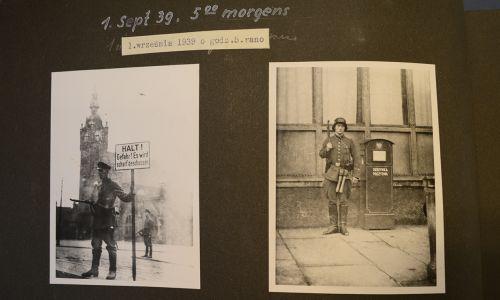 1 września godz. 5 rano. Niemiecki żołnierz przy polskiej poczcie (fot. tvp.info/Piotr Król)