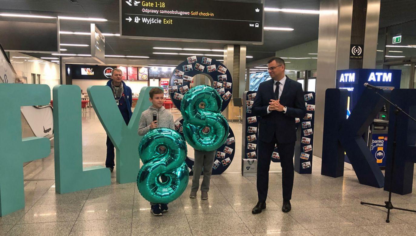 8-milionowym pasażerem był 10-letni Staszek (fot. TT/Kraków Airport)