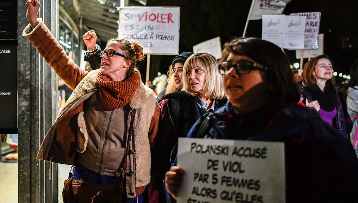 Premiery najnowszego dzieła Polańskiego odbyły się we wtorek również w innych paryskich kinach (fot. Julien Mattia/NurPhoto via Getty Images)
