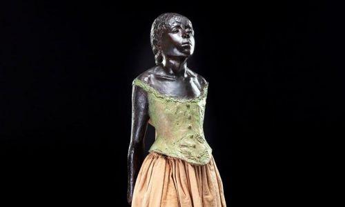 Mała czternastoletnia tancerka (La Petite Danseuse de 14 ans). Fot. materiały prasowe DESA Unicum