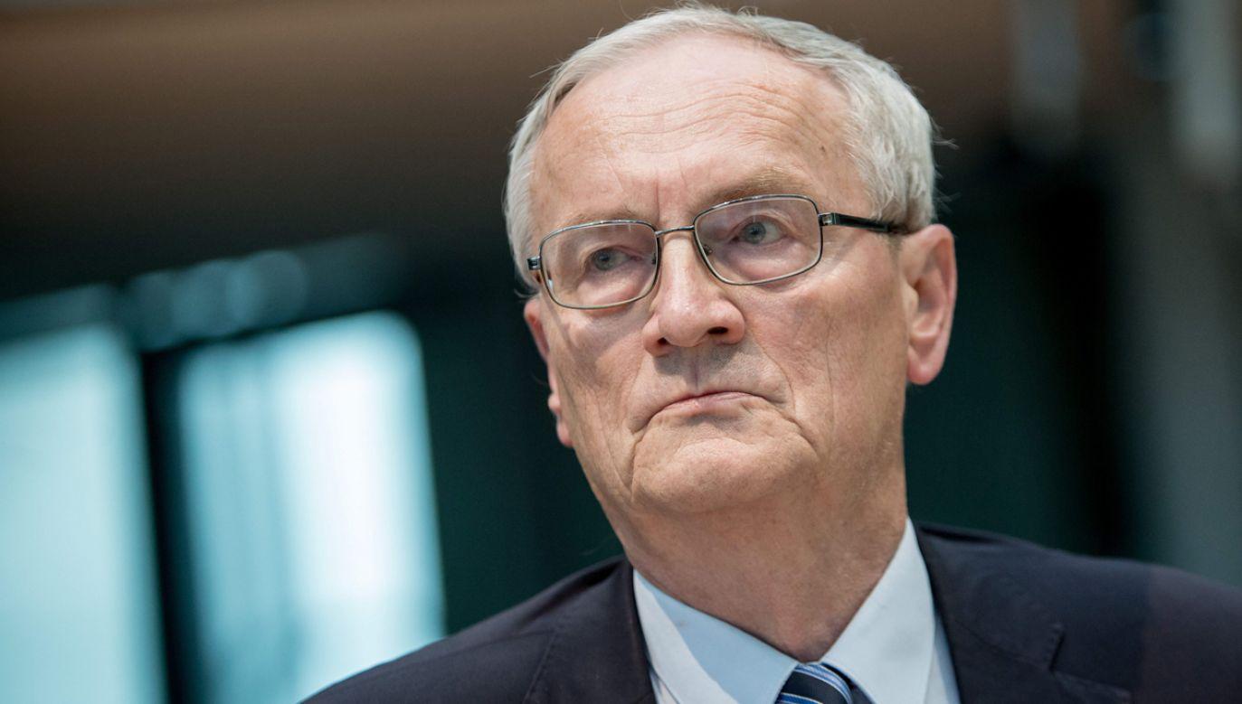 Merkel w ten sposób wzmocniła nacjonalistów i utrudniła sobie relacje z partnerami zagranicznymi – uważa Hanning (fot. PAP/EPA/Michael Kappeler)