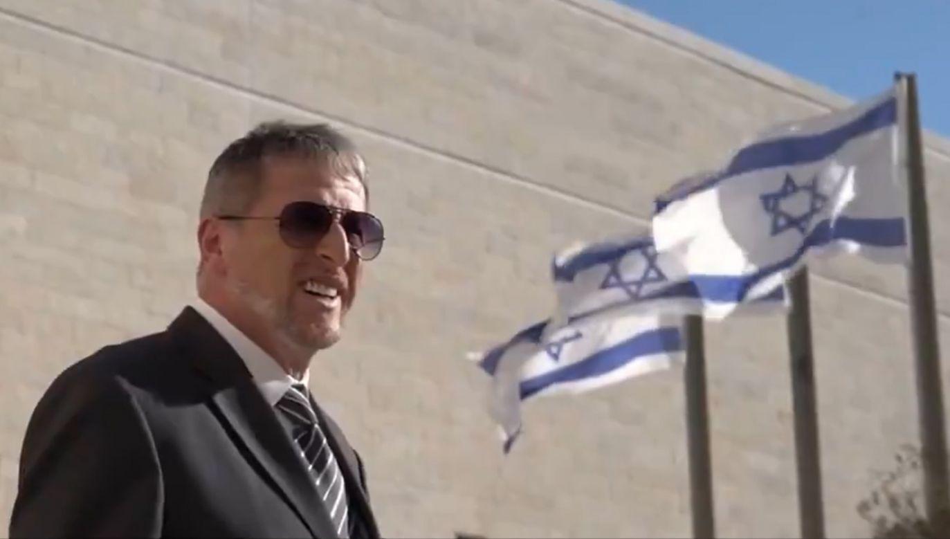"""""""Cieszę się, że będę ambasadorem Izraela w Polsce i pomogę rozwinąć stosunki między naszymi krajami"""" – mówi w krótkim filmie ambasador Alexander Ben Zvi (fot. TT/Ambasada Izraela)"""
