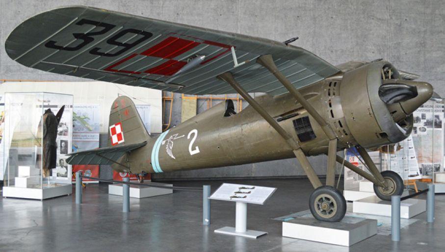 Niemieckie bombowce Gnyś strącił, pilotując myśliwiec PZL P.11c (fot. Wiki/Alan Wilson)