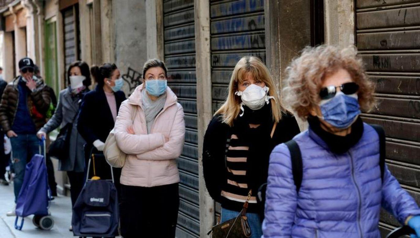 To pierwszy region we Włoszech, w którym wprowadzono taki obowiązek (fot. REUTERS/Manuel Silvestri)