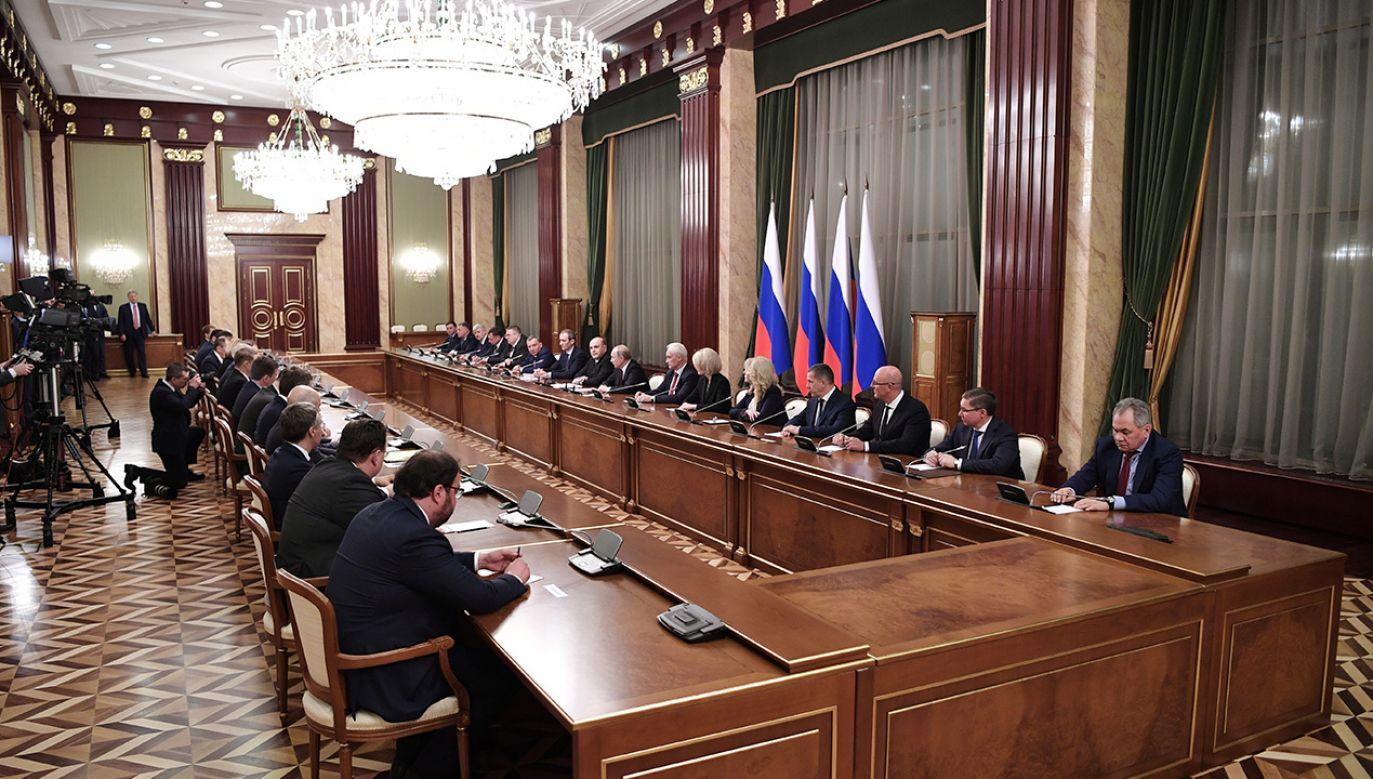 Nowy rząd w Rosji (fot. PAP/EPA/ALEXEI NIKOLSKY/SPUTNIK /KREMLIN POOL)