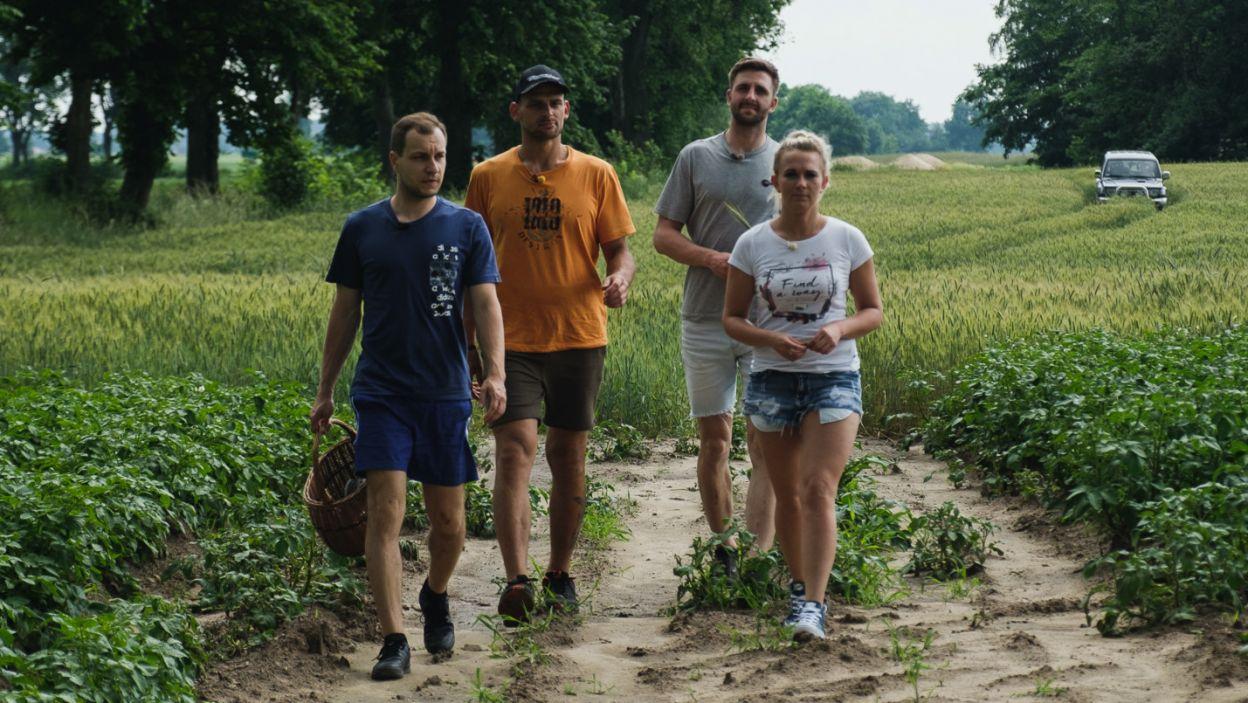 Wycieczka na pole sporo uświadomiła naszej rolniczce. Podjęła ważne decyzje (fot. TVP)