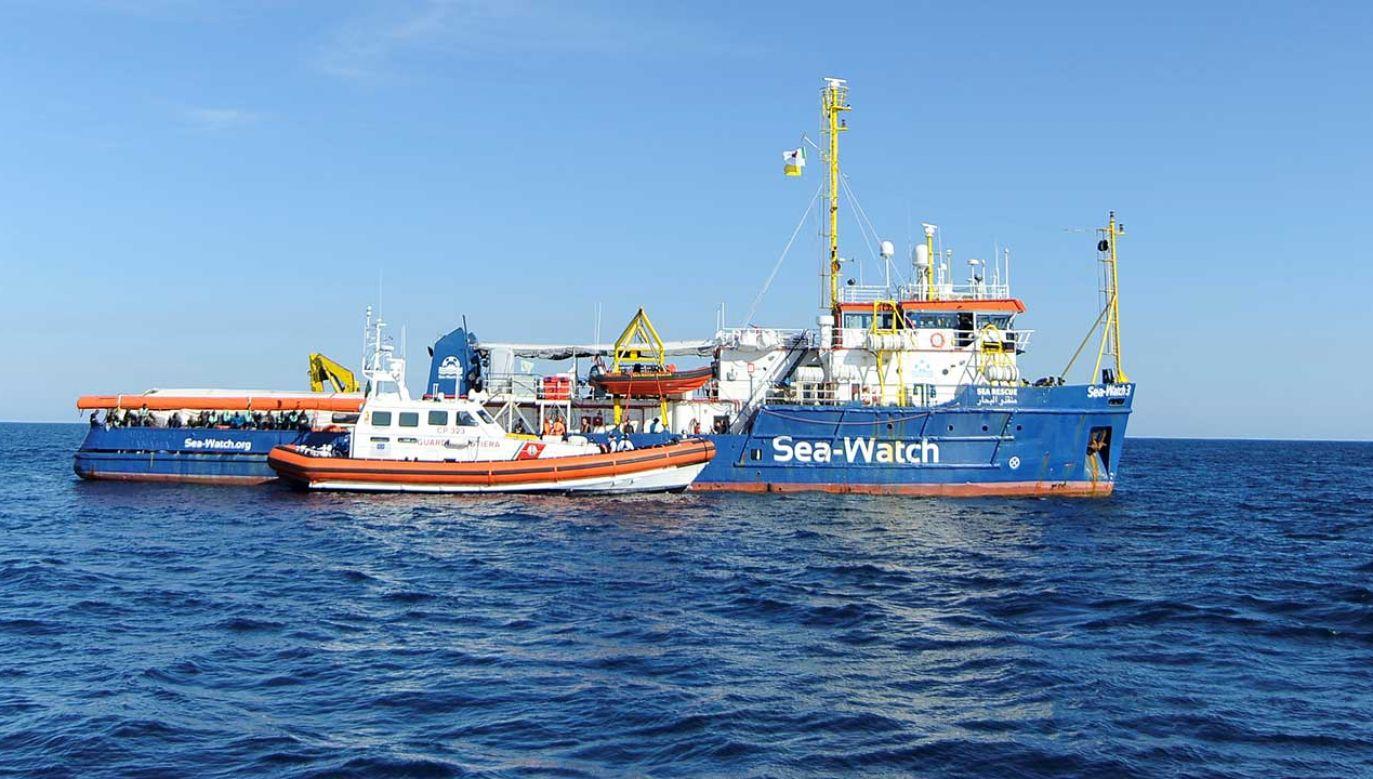 Trybunał wyraził nadzieję, że Włosi będą się nadal opiekować pasażerami statku (fot. REUTERS/Guglielmo Mangiapane)