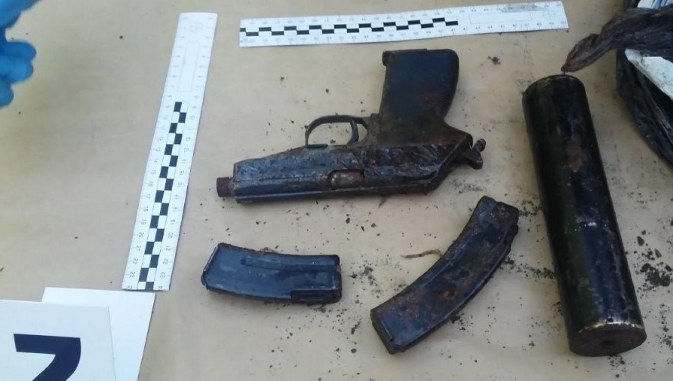 Broń używana przez gang podczas napadów na kantorowców (fot. CBŚP)