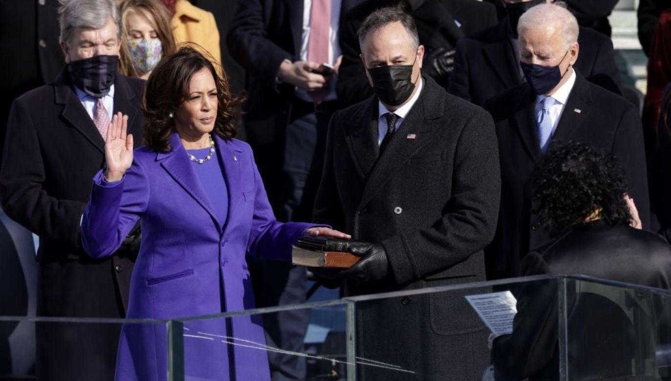 Przysięgę złożyła w środę również wiceprezydent Stanów Zjednoczonych Kamala Harris  (fot. Alex Wong/Getty Images)