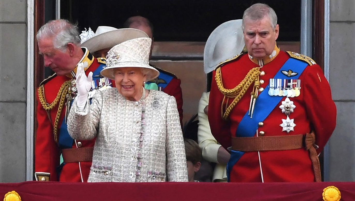Książe Andrzej to młodszy z synów królowej Elżbiety II; jest ósmy w kolejce do brytyjskiego tronu (fot. PAP/EPA/NEIL HALL)