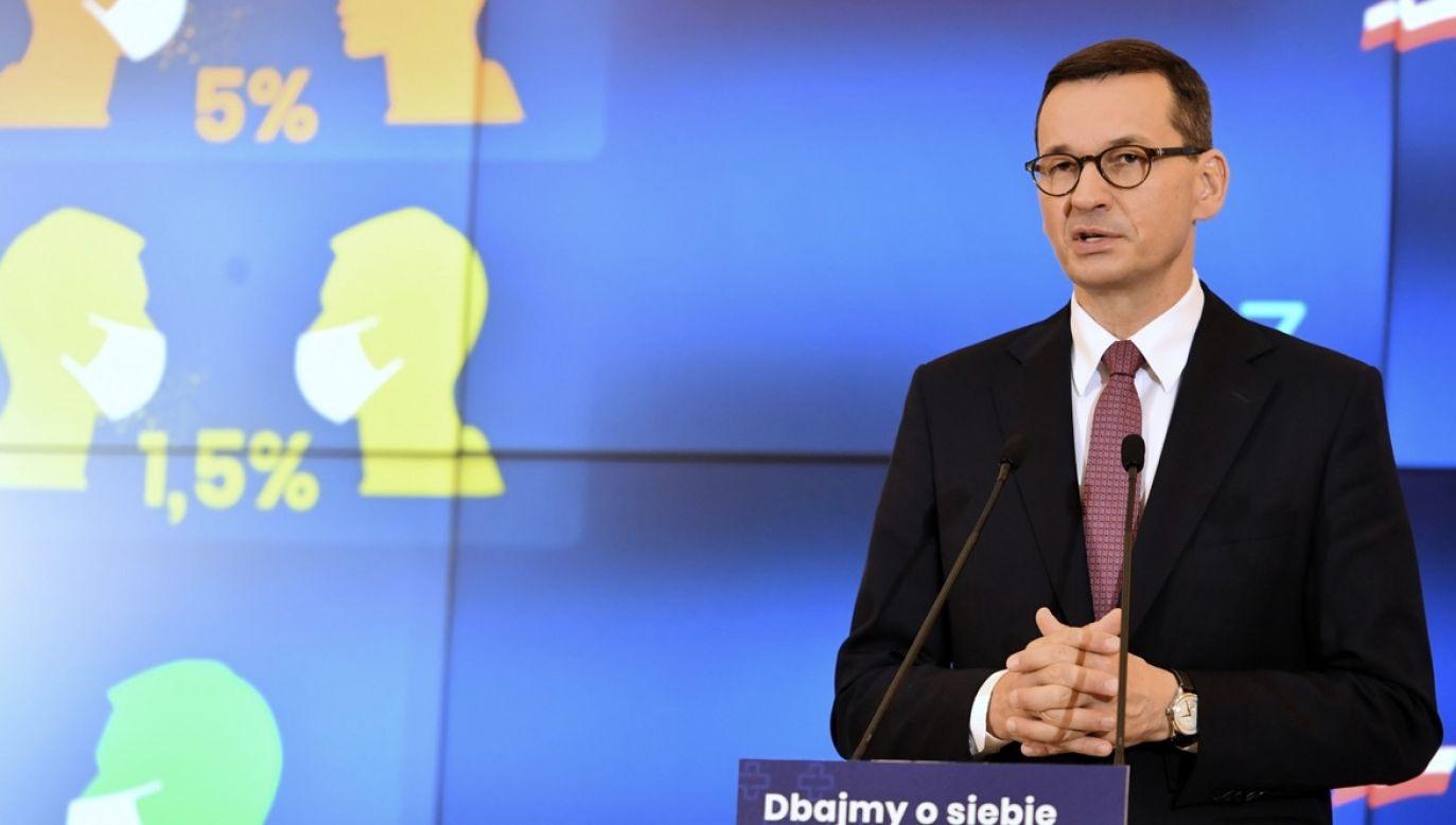Nowe obostrzenia rząd ogłasza w dość trudnej sytuacji (fot. PAP/Piotr Nowak)