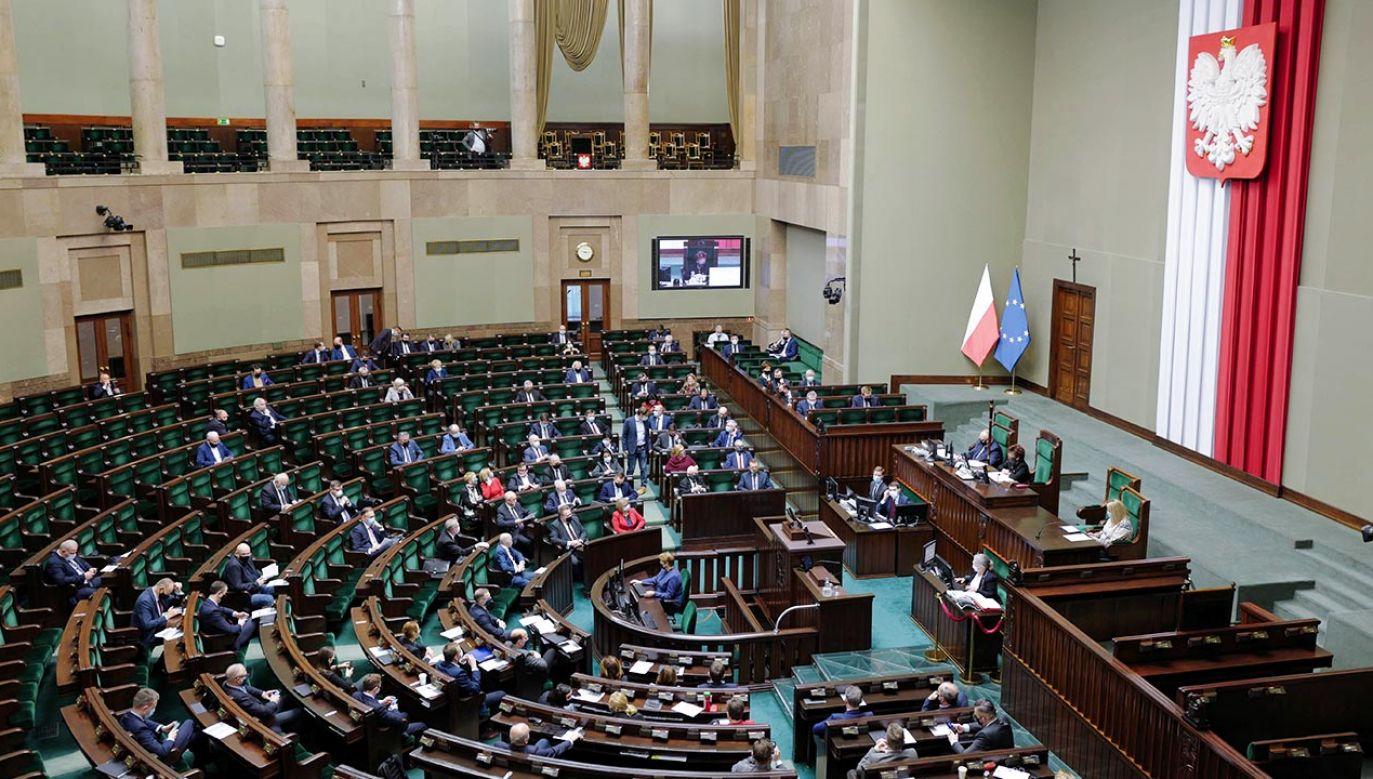 Wniosek ws. pozwów dziennikarzy złożyła wiceszefowa komisji Joanna Lichocka (fot. PAP/Mateusz Marek)